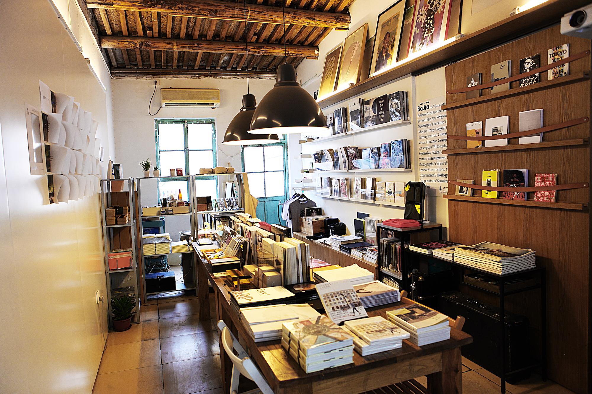 店里的裝修以美式復古工業風格為主,在店鋪中各位還可以看到很多有趣
