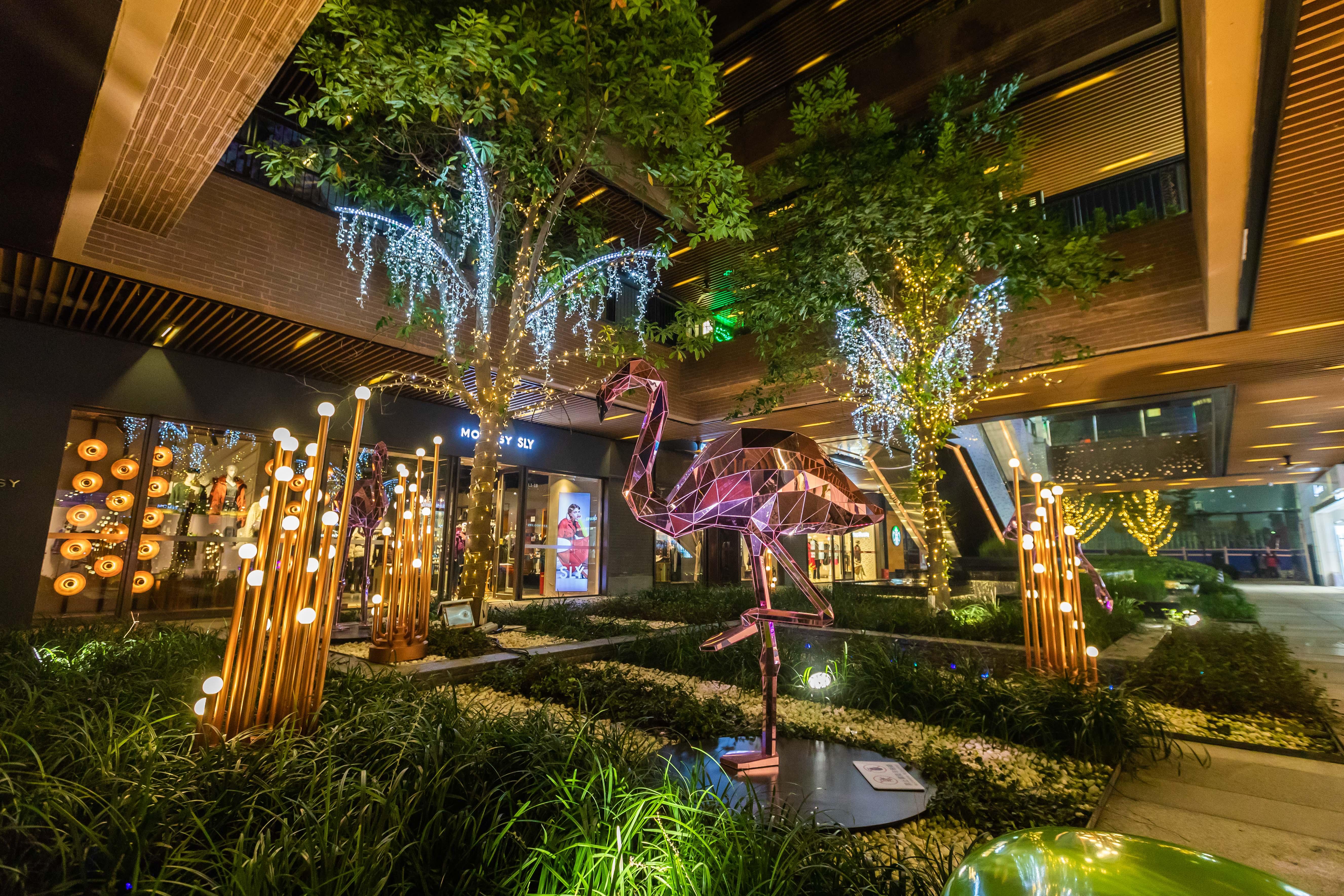 「光影上海」2018灯光艺术节闪耀瑞虹,动物园奇妙夜璀璨启幕!